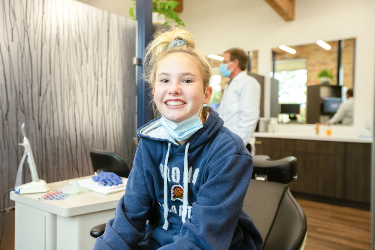 How To Care For Your Smile Between Orthodontic Visits